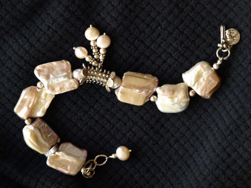 Baroque Pearls Bracelet